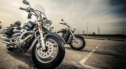 Moto strada motore