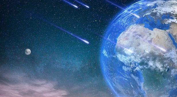 satelliti-in-caduta-libera-sulla-terra