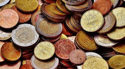 Soldi monete denaro risparmio pir intermonte