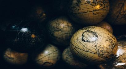 Globes 1246245 1280