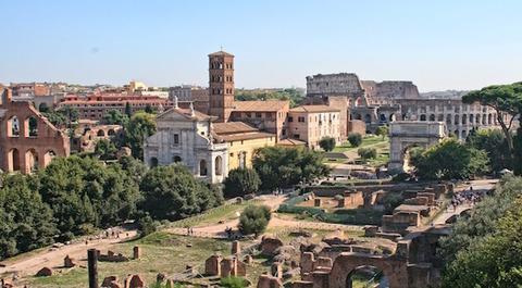 Crollo chiesa roma italia