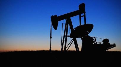 Petrolio recessione crisi