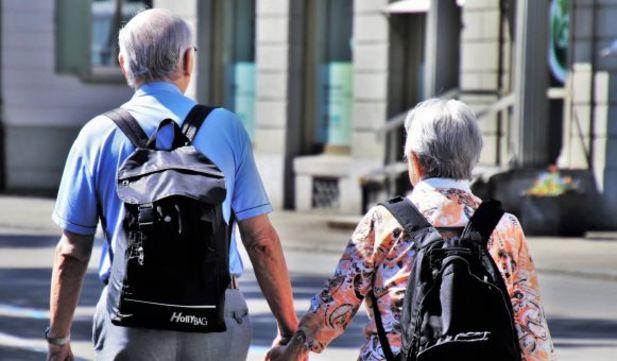 anziani-e-caregiver-a-confronto
