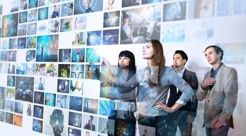 Consumatori alla ricerca di esperienze immersive