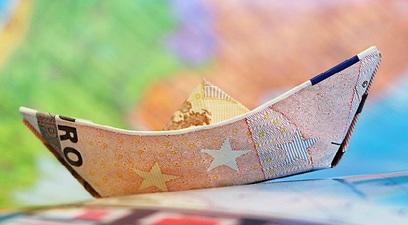 Credito consumo previsto forte calo