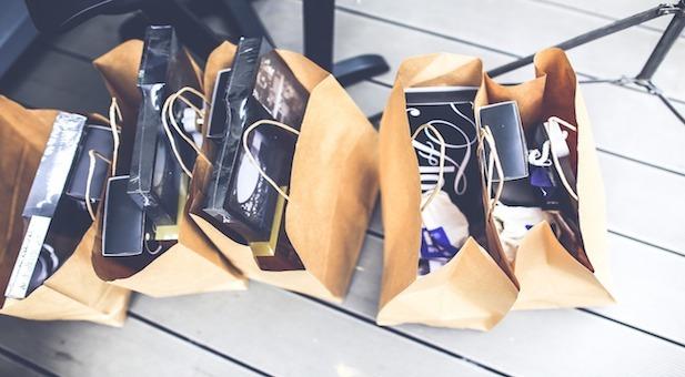 fine-d-anno-nero-per-le-vendite-al-dettaglio